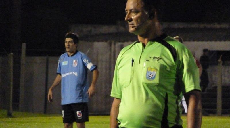 San José llama a árbitros