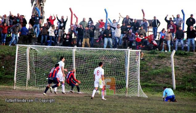El gol de Escudero que le dio el título del Apertura a Candil. Foto Fanny Ruetalo