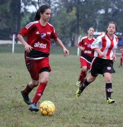 Romina Alanis la goleadora de Nacioal de Florida. Foto Fanny Ruetalo
