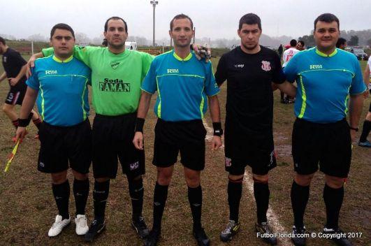Martinez capitanes y asistentes. Foto Rodrigo Castro
