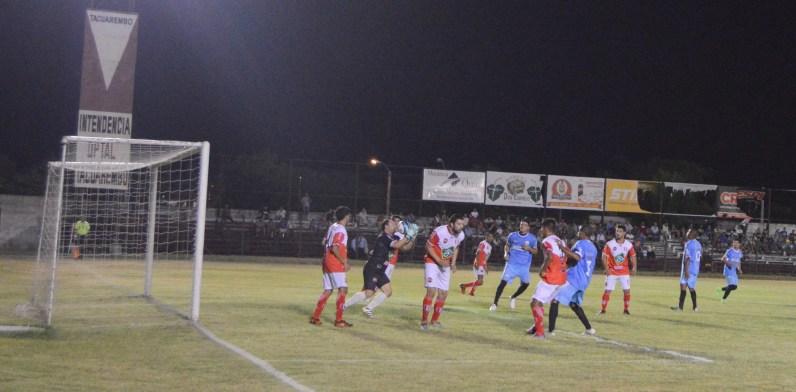 Tacuarembó y Rivera empataron en el Clásico del Norte. Fot Freddy Silva