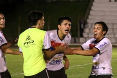 "Zanoni. ""grité como loco el 2do gol"""
