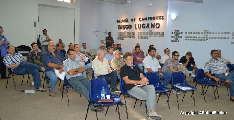 Clubes de Copa A reunidos con Ejecutivo de OFI. Foto Ramón Mesías