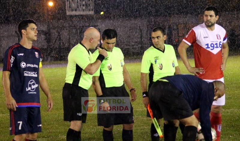 Los árbitros de la #COPAOFI B antes de las modificaciones