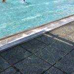 暑すぎてプールが中止になる!