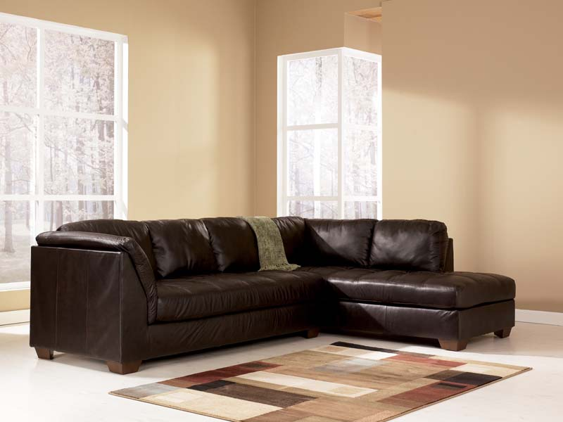 Harrington Chocolate Sectional Sofa Signature Design by