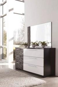 B850 Piroska Black/White Bedroom Set Signature Design by ...
