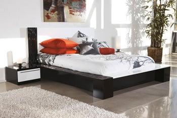 B850 Piroska BlackWhite Bedroom Set Signature Design by