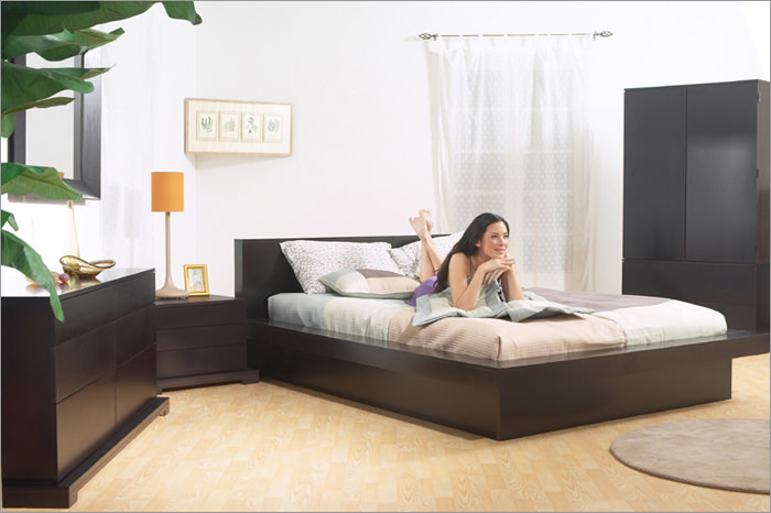 Zurich Bedroom Set by Lifestyle Solutions