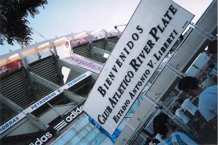 "O Monumental de Nuñez, bela ""cancha"" do River Plate"