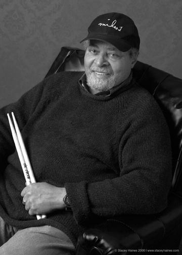 Jimmy Cobb, baterista que gravou com Miles Davis