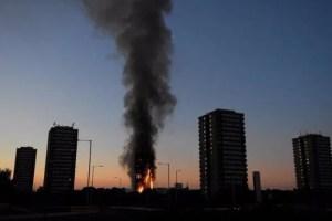 ロンドン マンション 火災