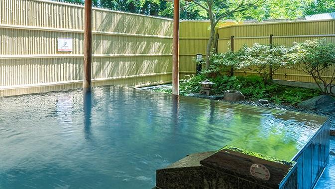 オーパークおごせ 石の露天風呂