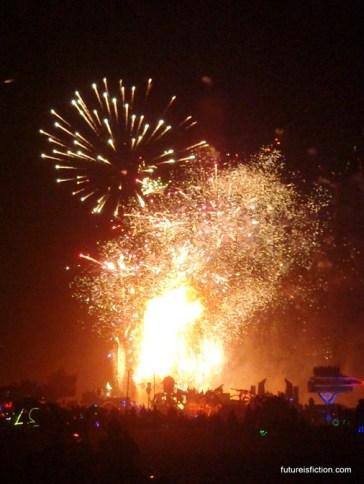 Burning-Man-2014-Caravansary-photos-644