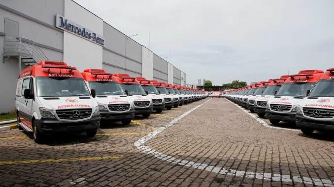 225 ambulâncias Sprinter para o SAMU