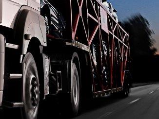 Caminhões encerram 2018 com crescimento