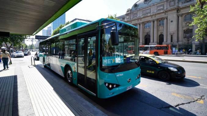 100 ônibus elétricos da BYD