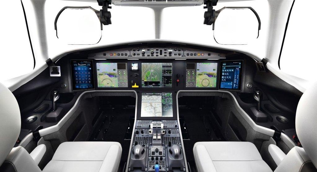 falcon 6X cabine