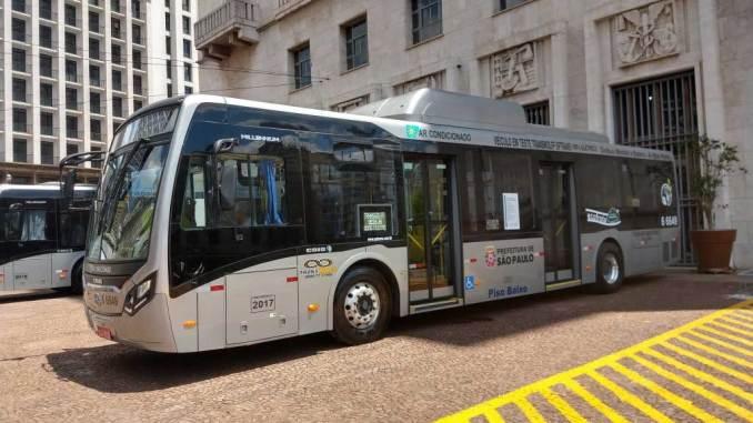 ônibus 100% elétricos