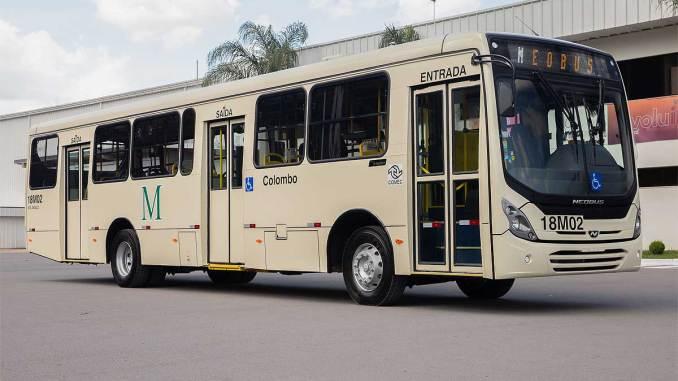 New MEGA com cinco portas em chassi de motor dianteiro