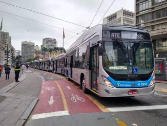 15 ônibus elétricos BYD