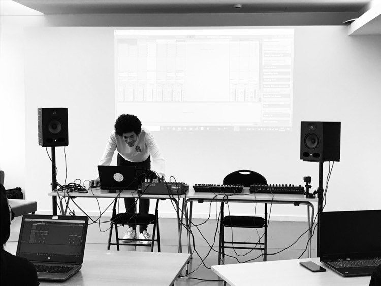 production course at the futurgrooves academy