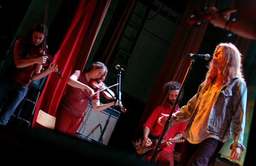Patti Smith ve Silver mt Zion sahnede