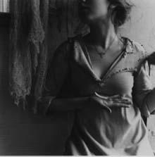Francesca Woodman: Bir melek olmak üzerine 4