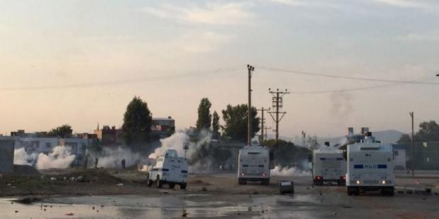 Kobane protests in Turkey: At least twelve reported dead 4