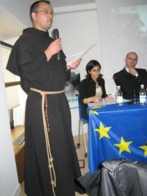 Padre Emilian-Ionel Dumea al Convegno Left behind. Milano, 26 maggio 2010