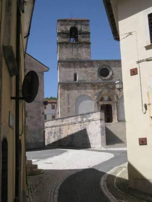 Alfedena, la Chiesa Madre. Foto Simona Cecilia Crociani Baglioni Farcas © - Agenzia Euroitalia