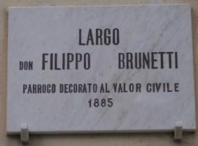 Largo Don Filippo Brunetti, Parroco Decorato al Valor Civile (1885). Foto Simona Cecilia Crociani Baglioni Farcas © - Agenzia Euroitalia