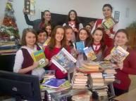 """Elevi voluntari ai Școlii Gimnaziale """"George Bacovia """" din Bacău."""