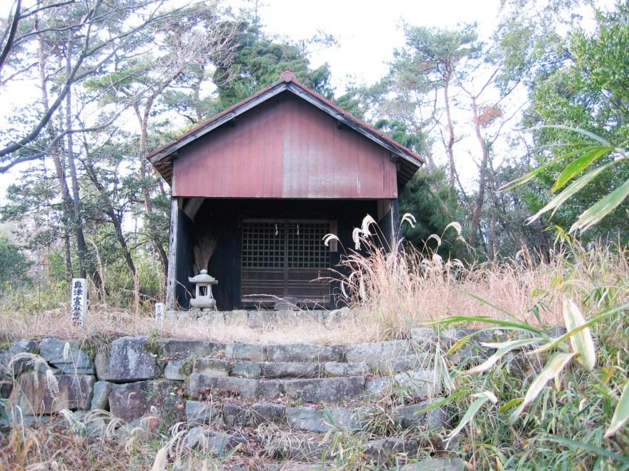 秦 麻佐岐神社