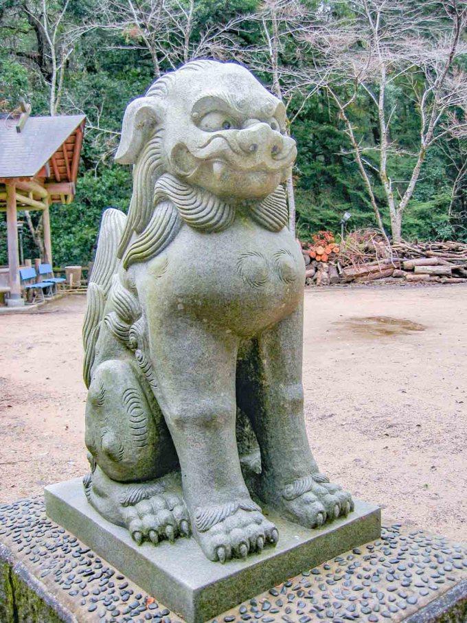天石門別神社 狛犬