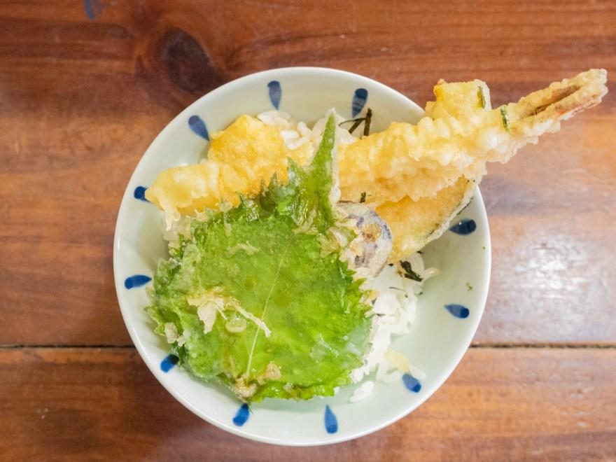 なの花:日替わりランチの天丼