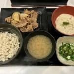 出ましたよ!吉野家夏のネバネバメニュー「麦とろ御膳」~今回は麦とろ牛皿御膳~
