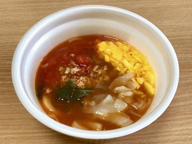 20180814_ローソン_こんにゃく麺の旨辛トマトスープ_03