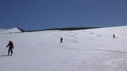 弥陀ヶ原上部の広大斜面の滑降