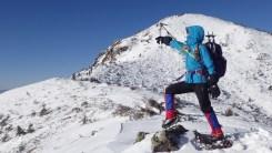 雪山をめざす女たち3