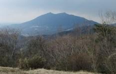 宝篋山頂から筑波山の展望