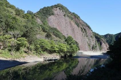 古座川の一枚岩