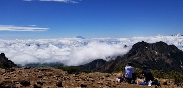 阿弥陀岳頂上から富士山