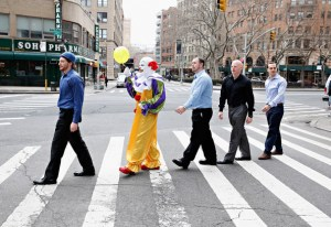 the-staten-island-clown-visits-a-radio-show_36