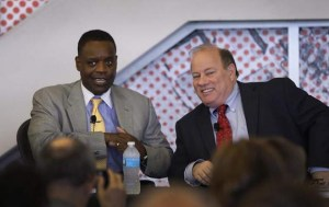 Photo of former Detroit Emergency Manager Kevyn Orr and Mayor Mike Duggan from Solidarity-US.org