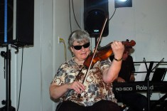 The fiddler, Mary!