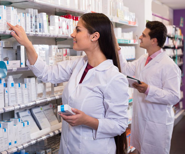 Pharmacy Technician Courses at FVI