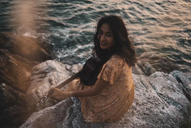 Chelsy Kaze - 'Skyline' Single Review