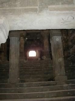 インド アーマダーバード 井戸