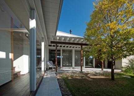 FrameWork設計事務所 安八町の家 中庭